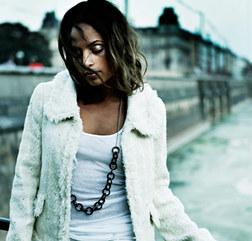 Emilia певица — фото 90-х, музыка и клипы 90-х